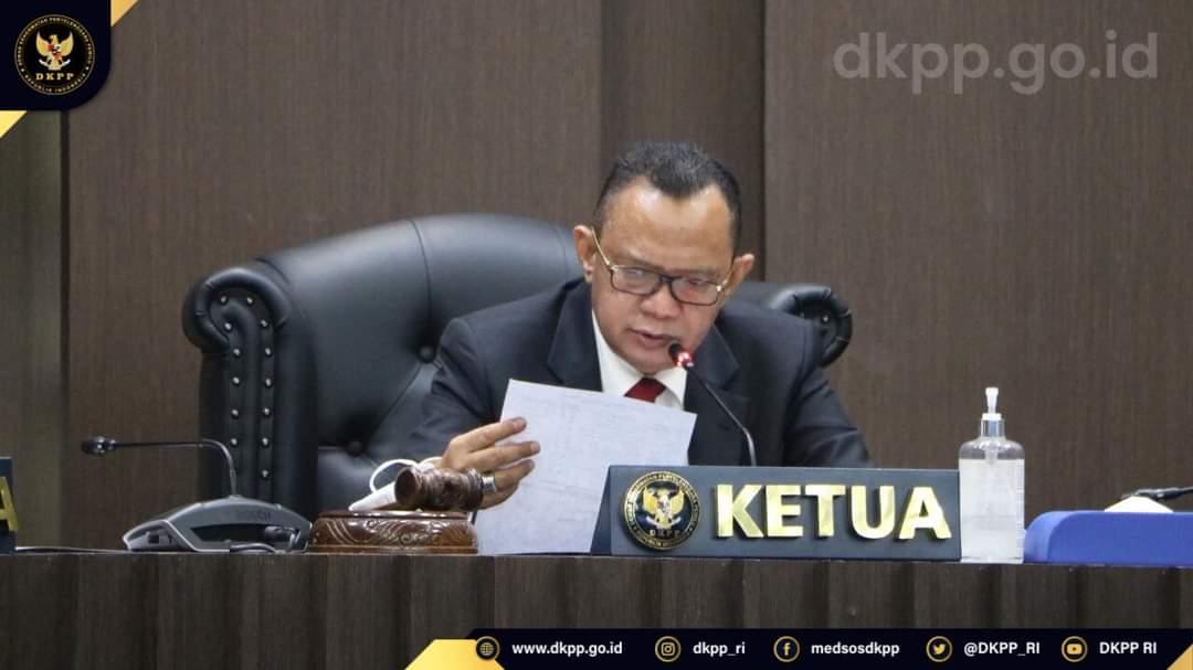 Salahgunakan Kekuasaan Untuk Kepentingan Pribadi Dkpp Berhentikan Tetap Ketua Kpu Kabupaten Jeneponto Dkpp